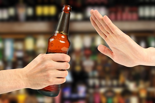 Anxiety Therapist Chicago provides therapy for alcoholics.